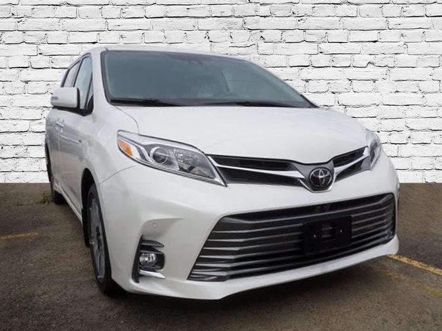 Image of 2020 Toyota Sienna Limited Premium 7-Passenger