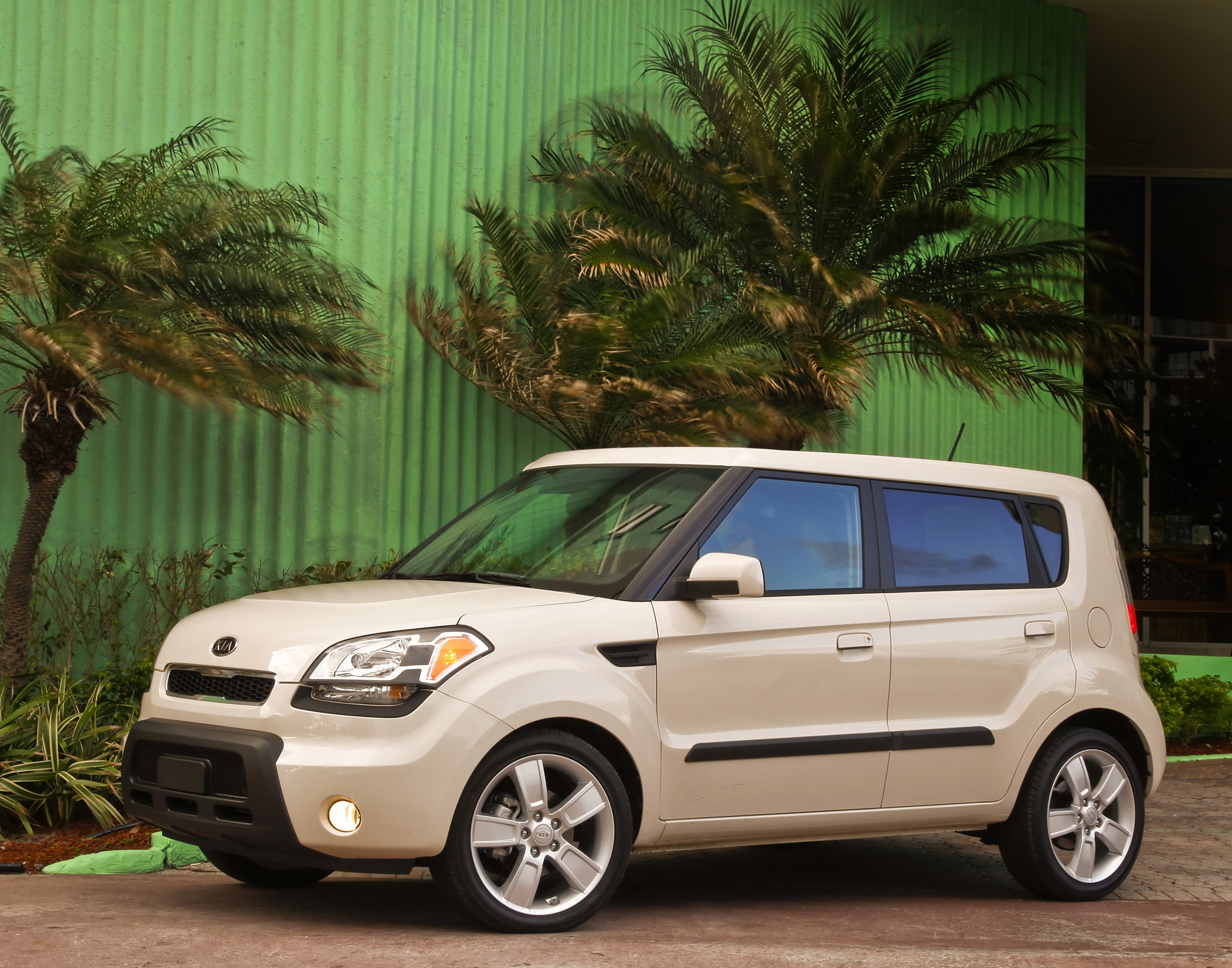Manufacturer Photo: The All New 2010 Kia Soul Has A Starting Price Of  $13,300