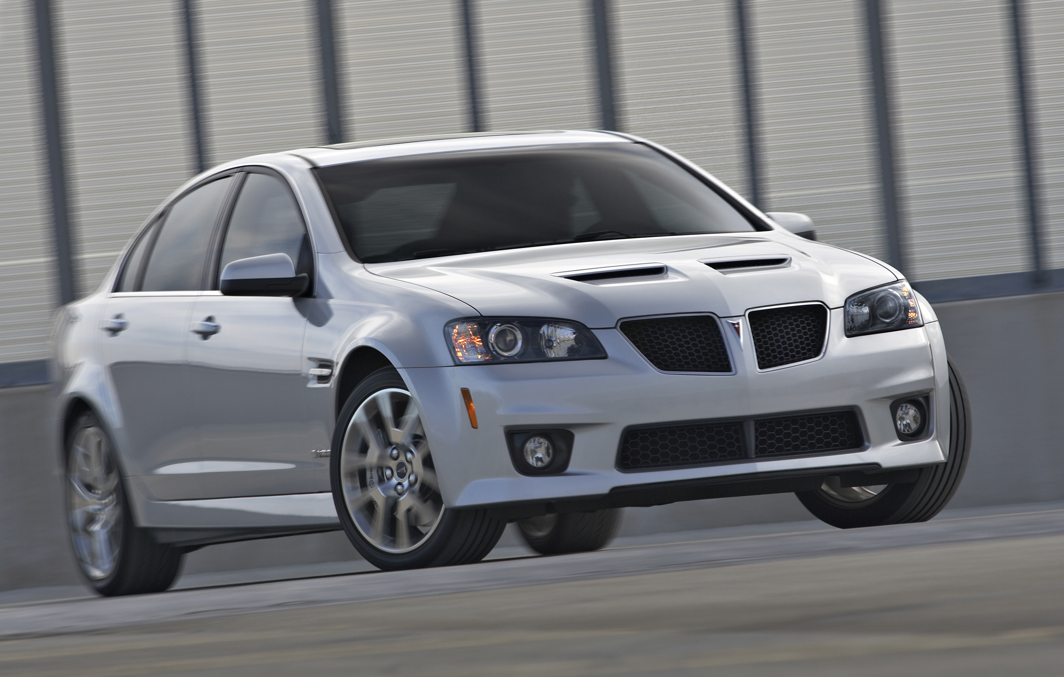 going hard while the party lasts pontiac g8 gxp new. Black Bedroom Furniture Sets. Home Design Ideas