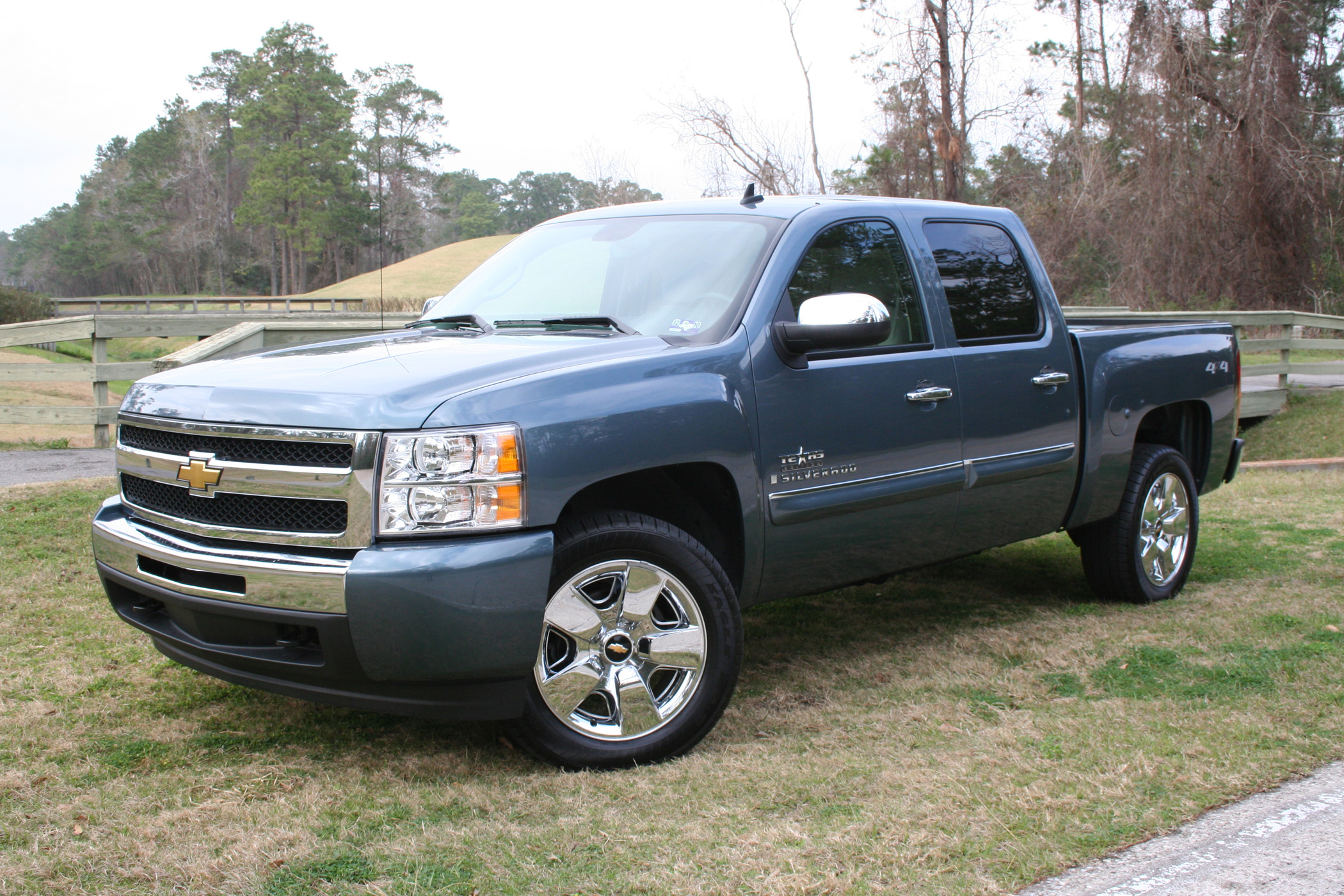 used 2015 chevrolet silverado 3500hd pricing edmunds autos post. Black Bedroom Furniture Sets. Home Design Ideas