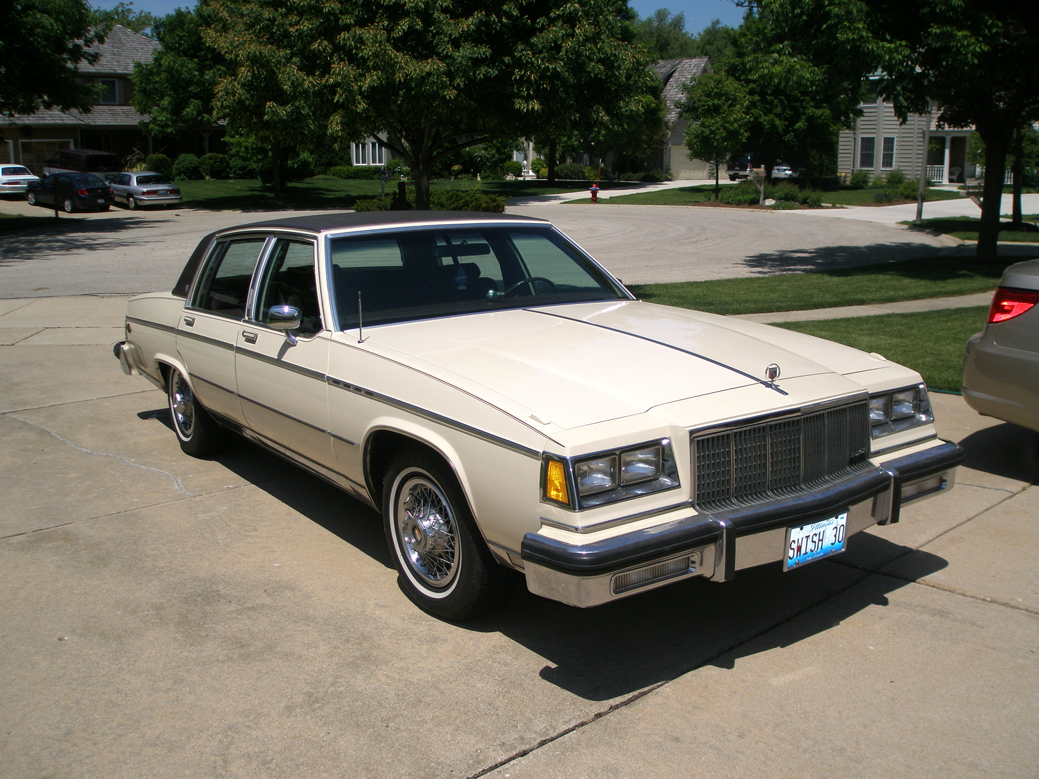 1984 buick electra park avenue 5 0l v 8 last of gm big. Black Bedroom Furniture Sets. Home Design Ideas