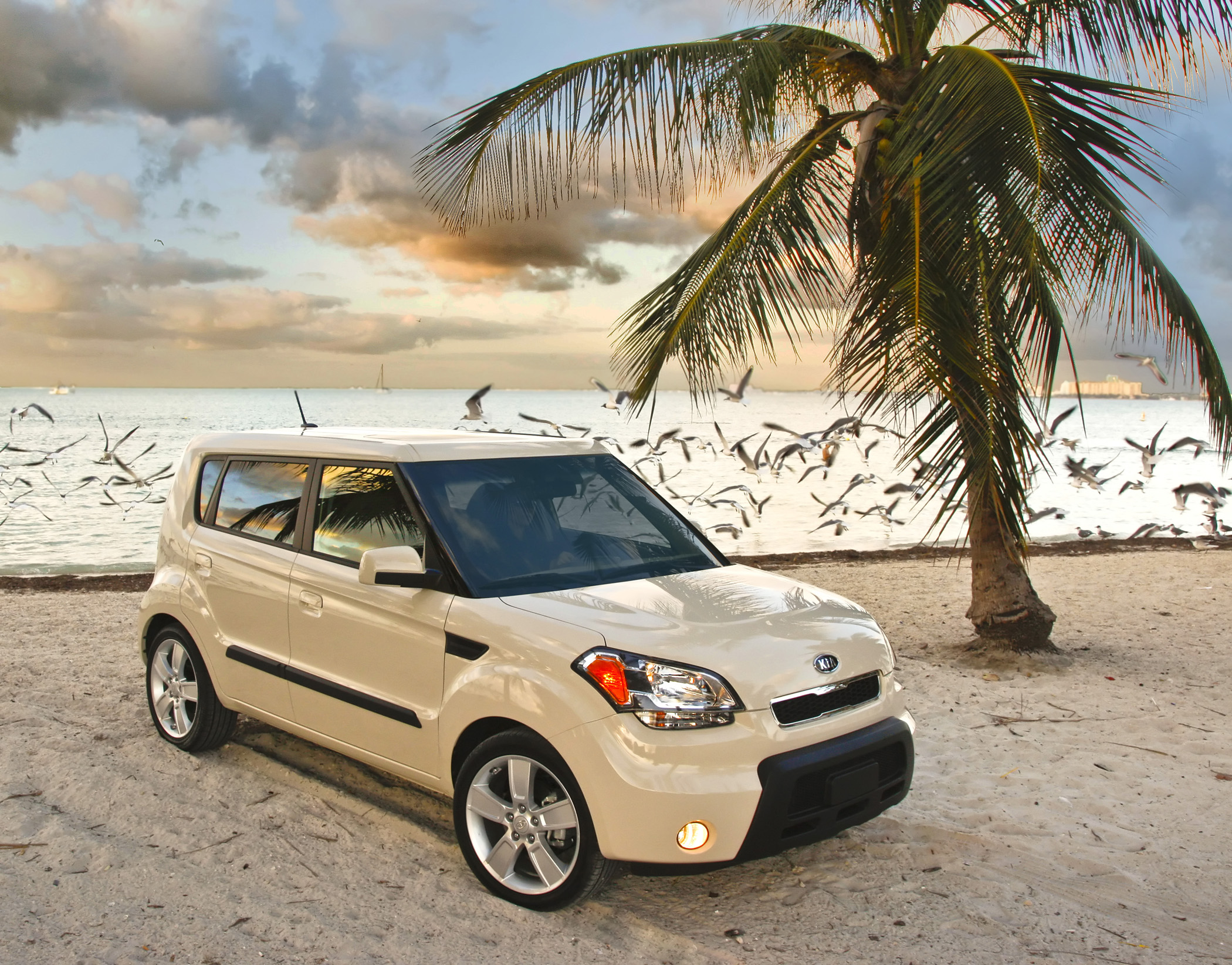 Kia Soul: Operating door locks from inside the vehicle