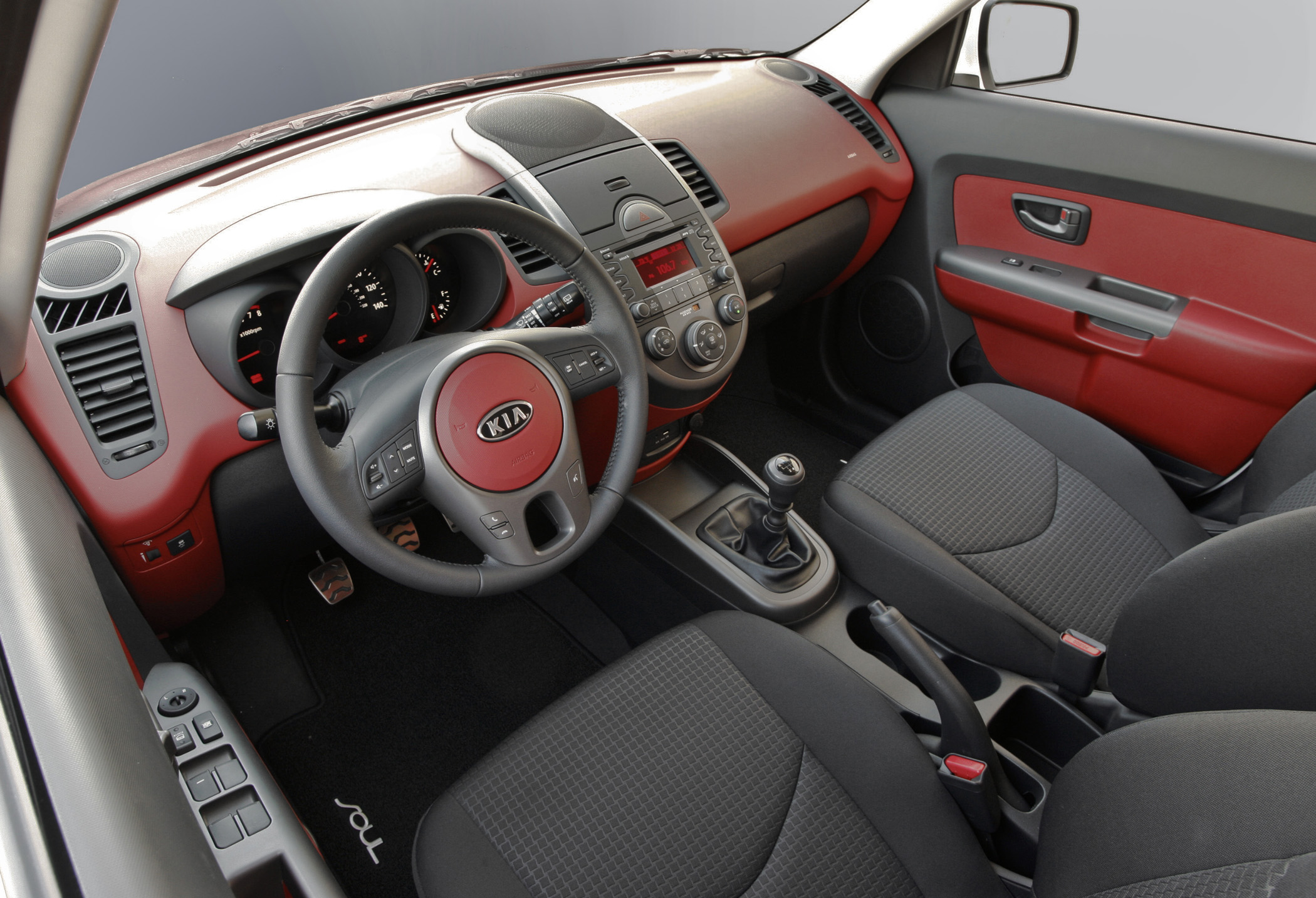 2010 Kia Soul Small Car Affordability Big Design On Inside New