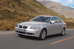 BMW 535i xDrive combines performance and stability