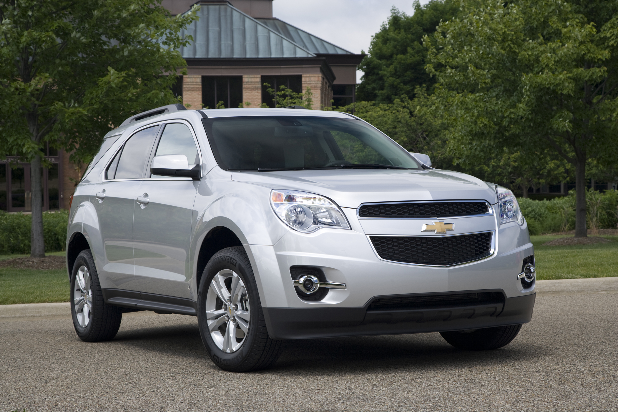 Four-cylinder Engine Impresses in the 2010 Chevrolet ...