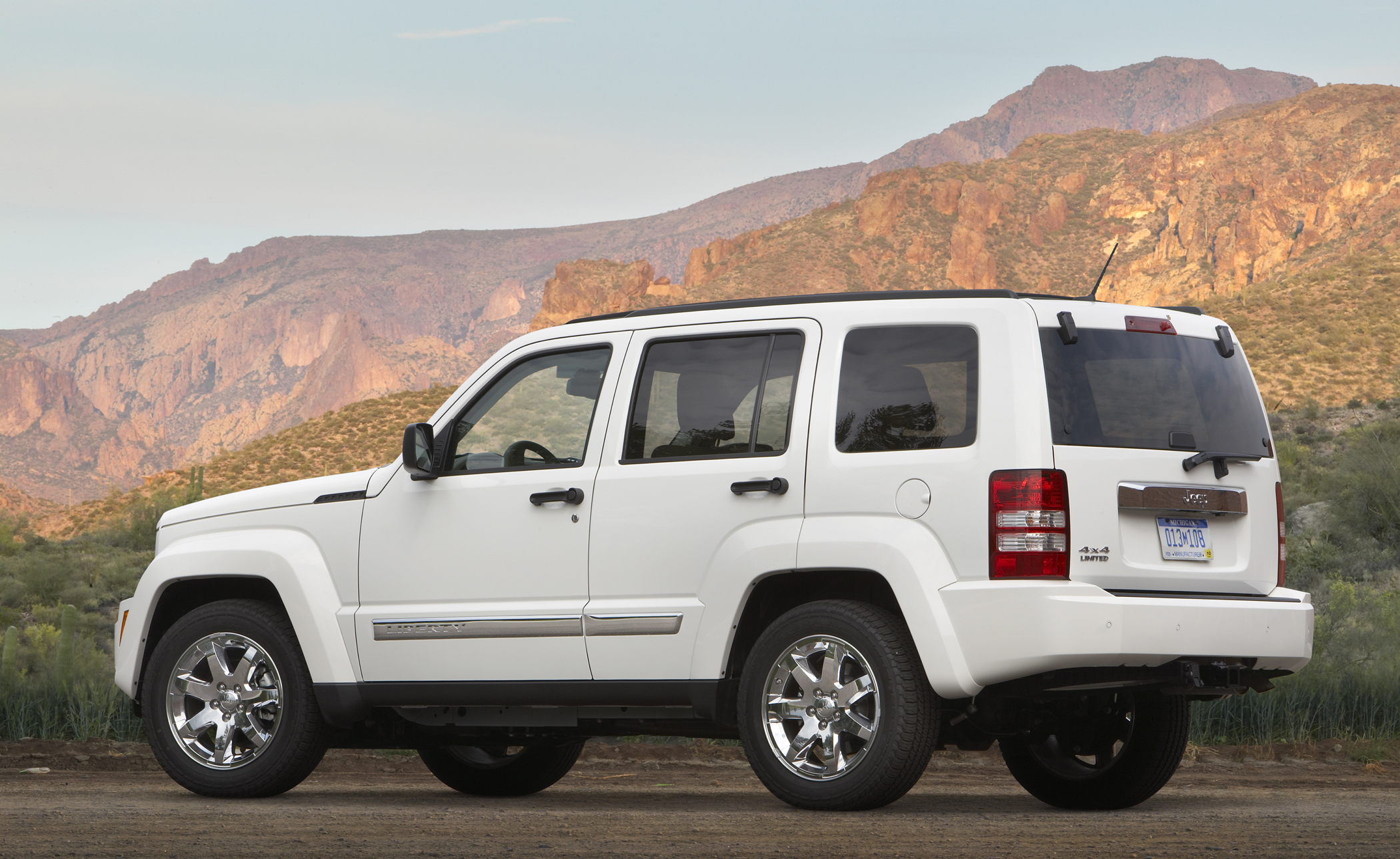 2010 jeep liberty offers wrangler-style open air driving - get off