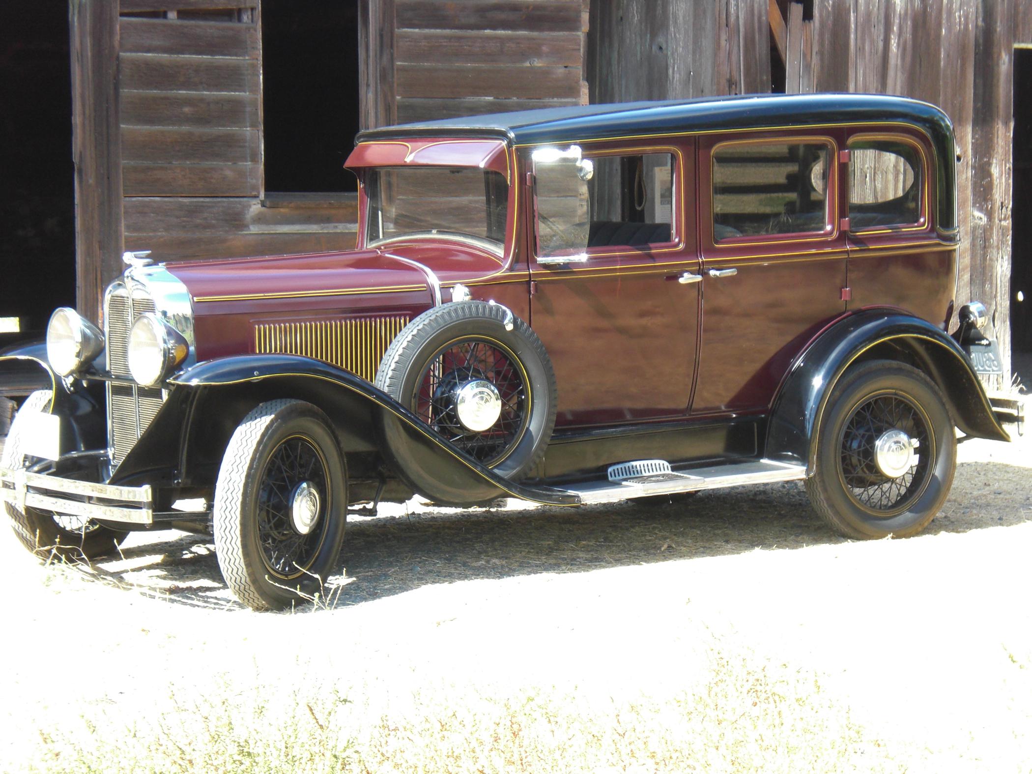 Pontiac Deluxe Is Purring Like A Kitten Classic Classics - Classic car 1930