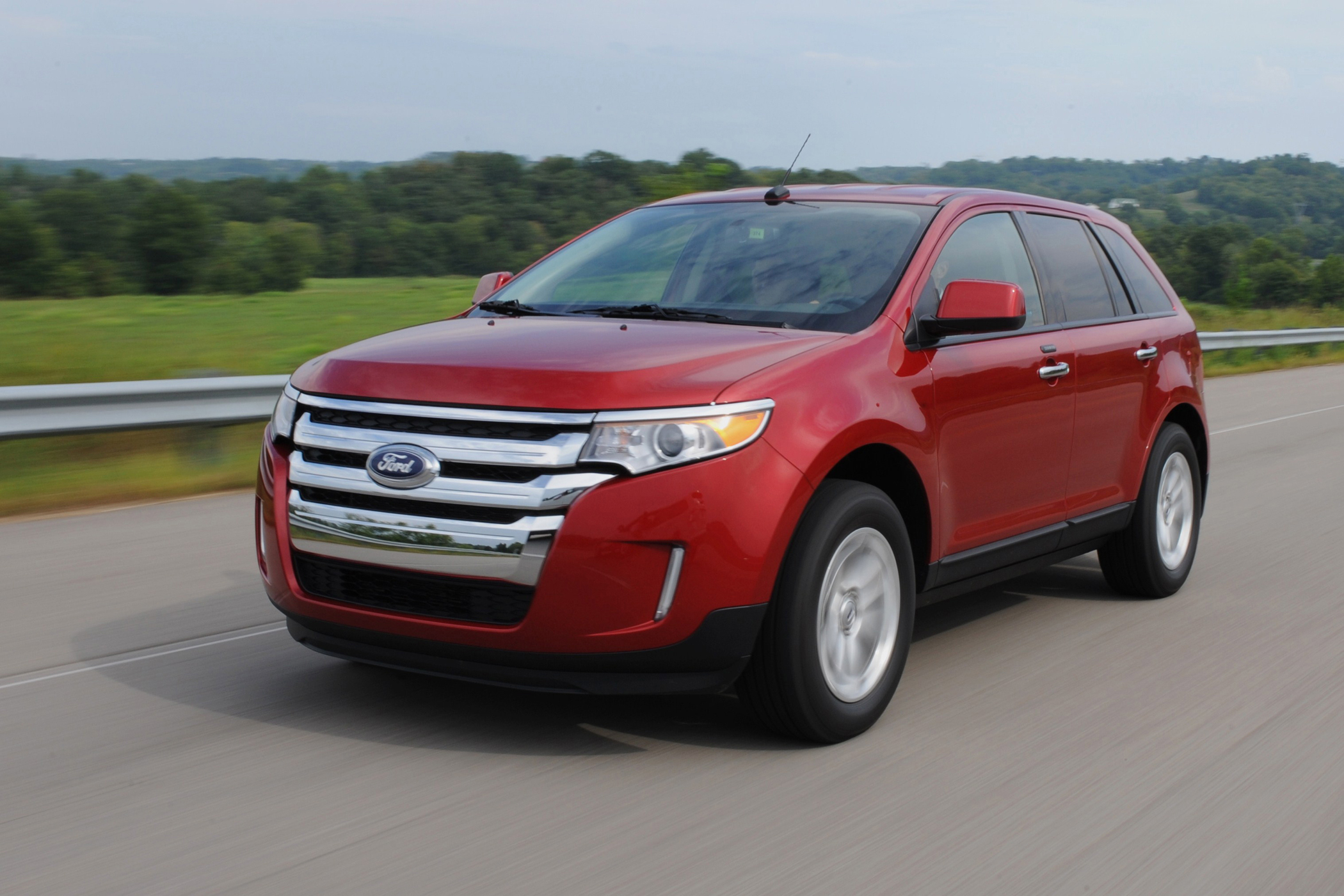 Ford Edge is Revamped for 2011 in Looks and Technology Bonus