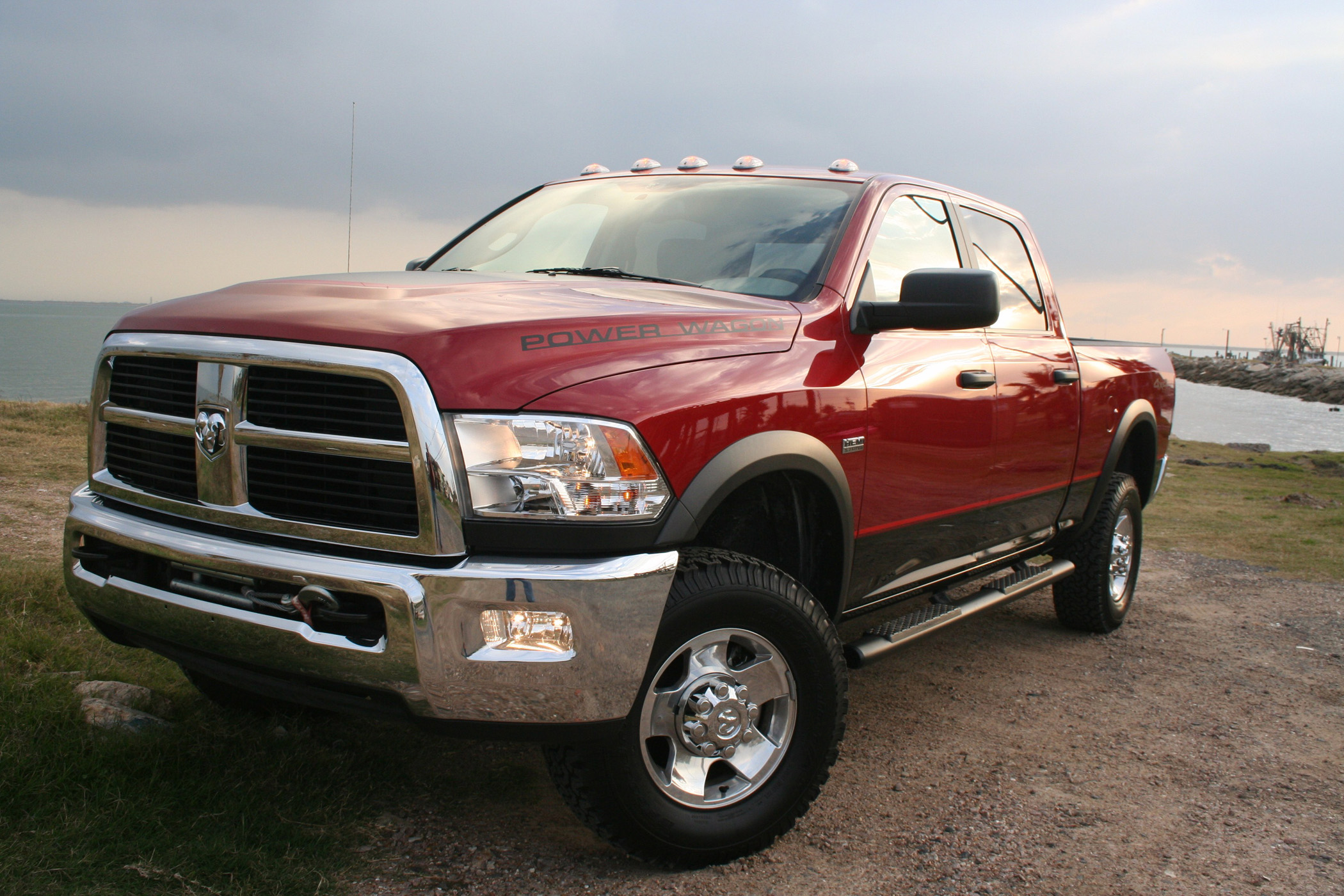 2011 ram power wagon built to handle off road challenges truck talk groovecar. Black Bedroom Furniture Sets. Home Design Ideas