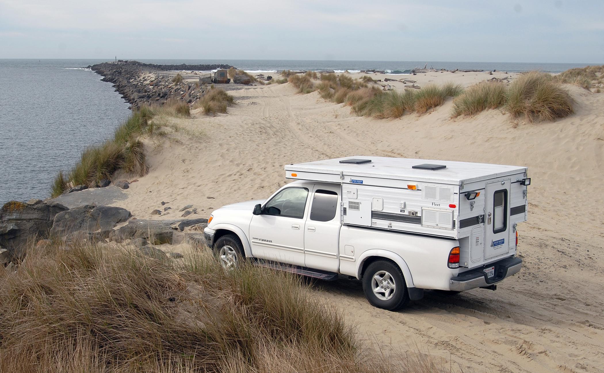 Pop-up Camper: Minimalist RV Camping, Maximum Versatility