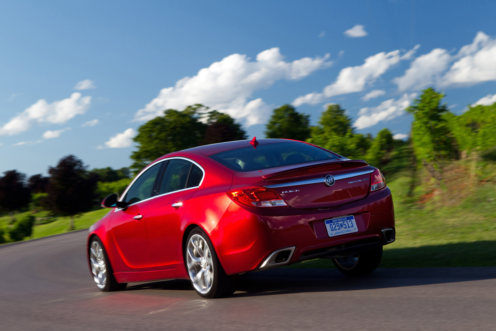 Buick Regal Gs Midsize Luxury Performance Car New On