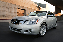 Nissan Altima Still Looks Fresh in Design Quality