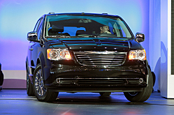 Chrysler: Minivan King Maker with a Town & Country