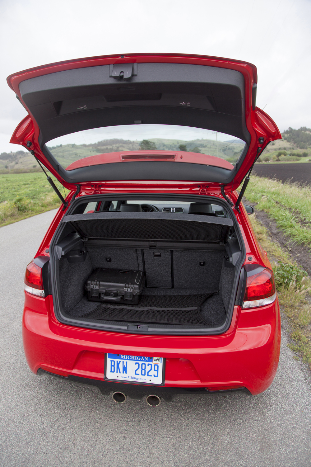 Manufacturer photo: The new 2012 Golf R represents intelligent downsizing