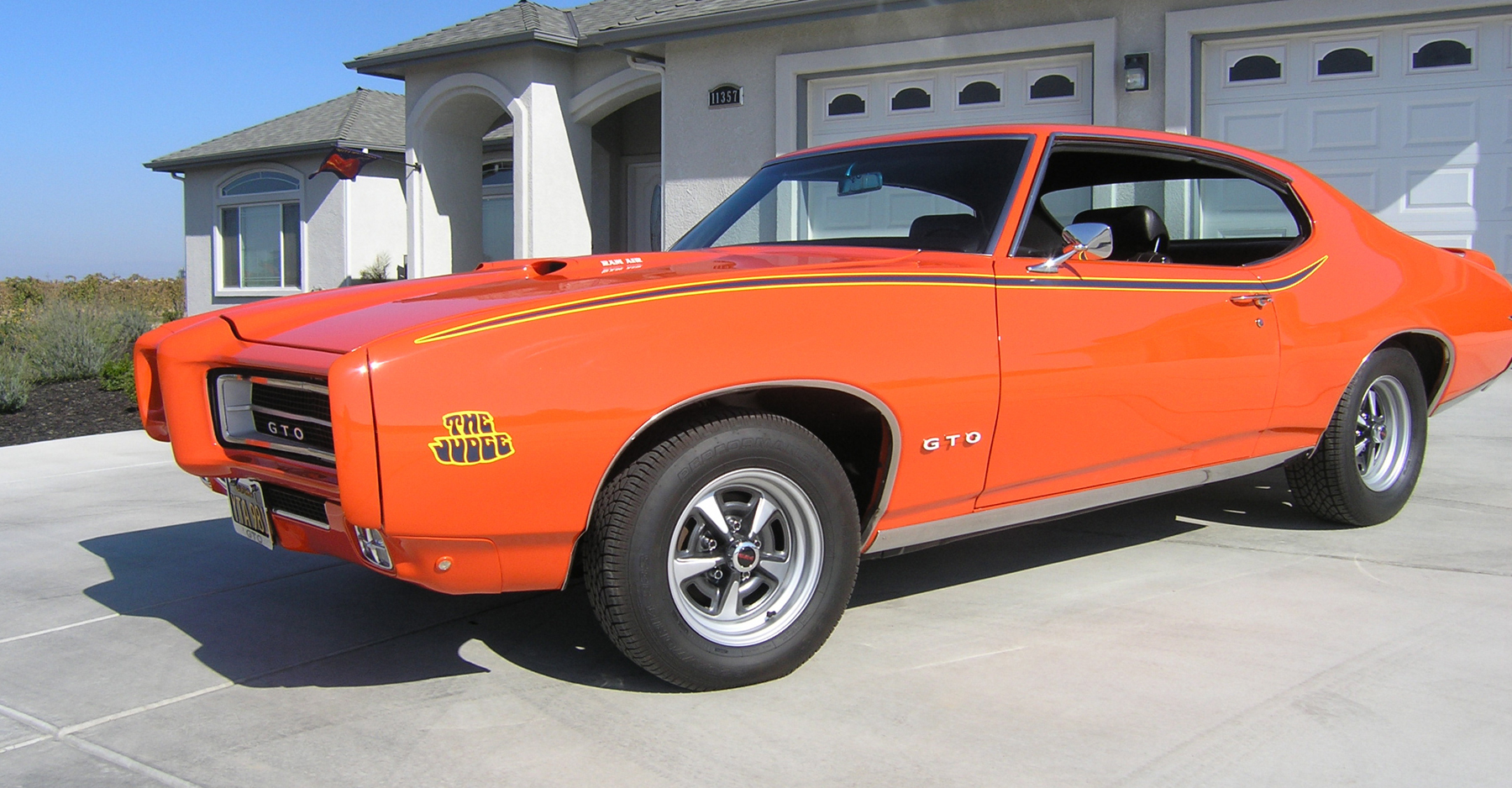 1969 Pontiac GTO Judge Powered by a 366-hp V-8 - Classic Classics ...
