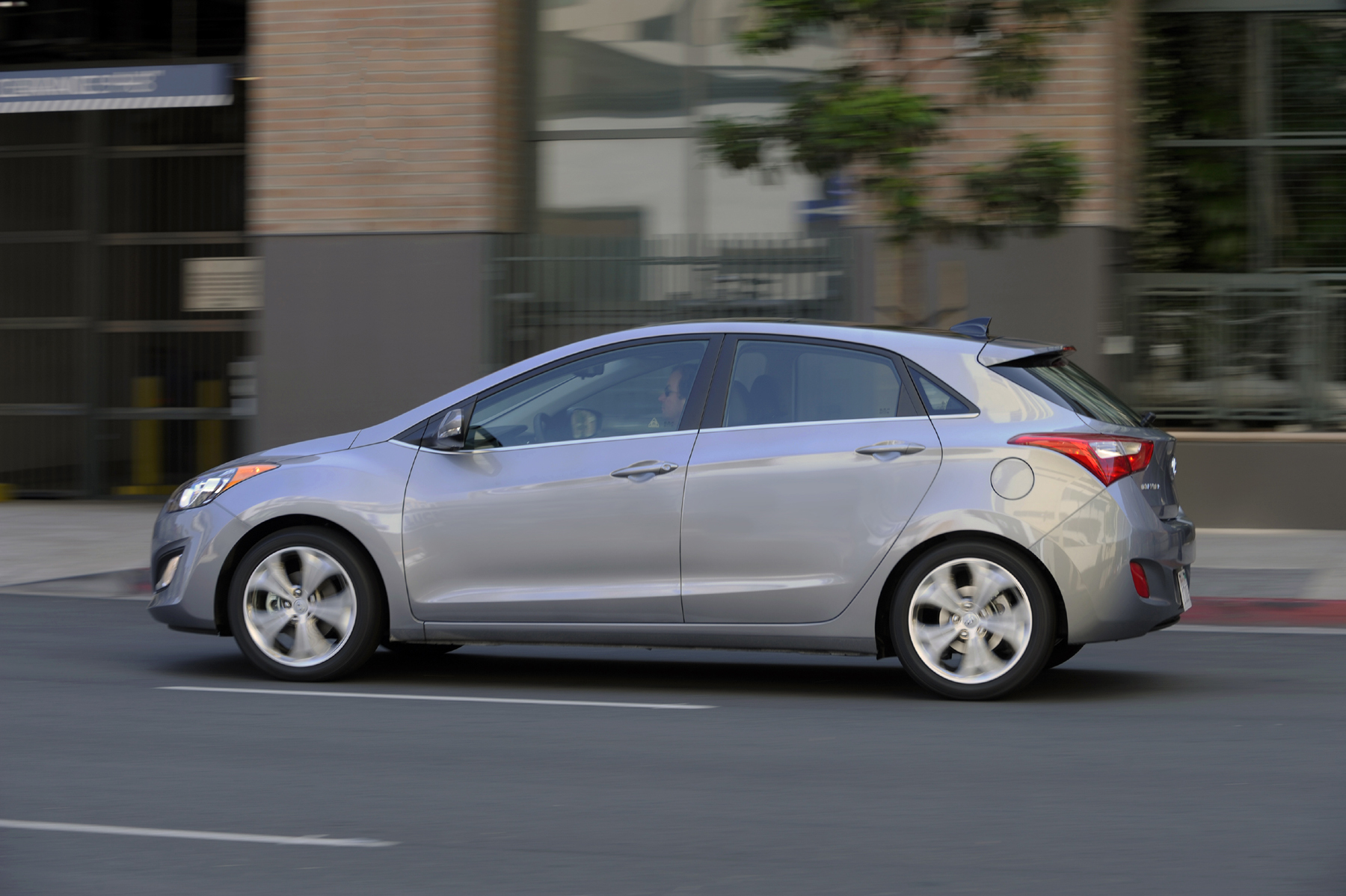 Hyundai Elantra Lineup Expands with 2013 GT Hatch Down the Road