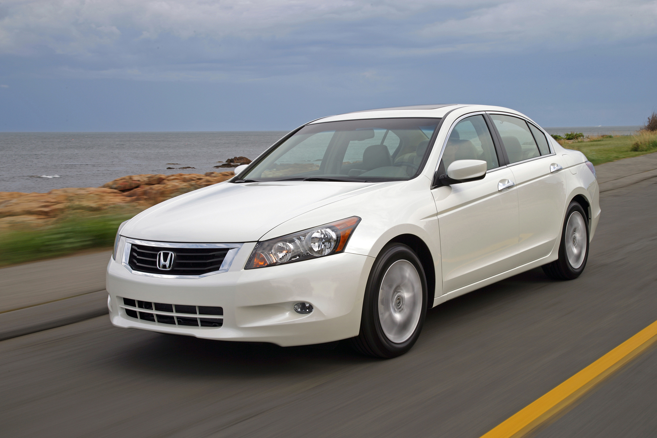 Manufacturer Photo 2010 Honda Accord
