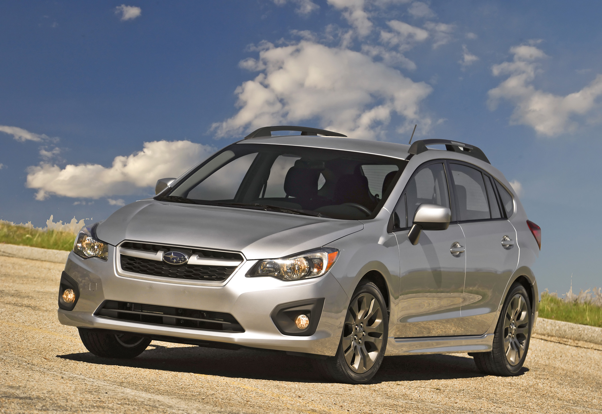 2012 subaru impreza most efficient awd car in america new on wheels groovecar. Black Bedroom Furniture Sets. Home Design Ideas