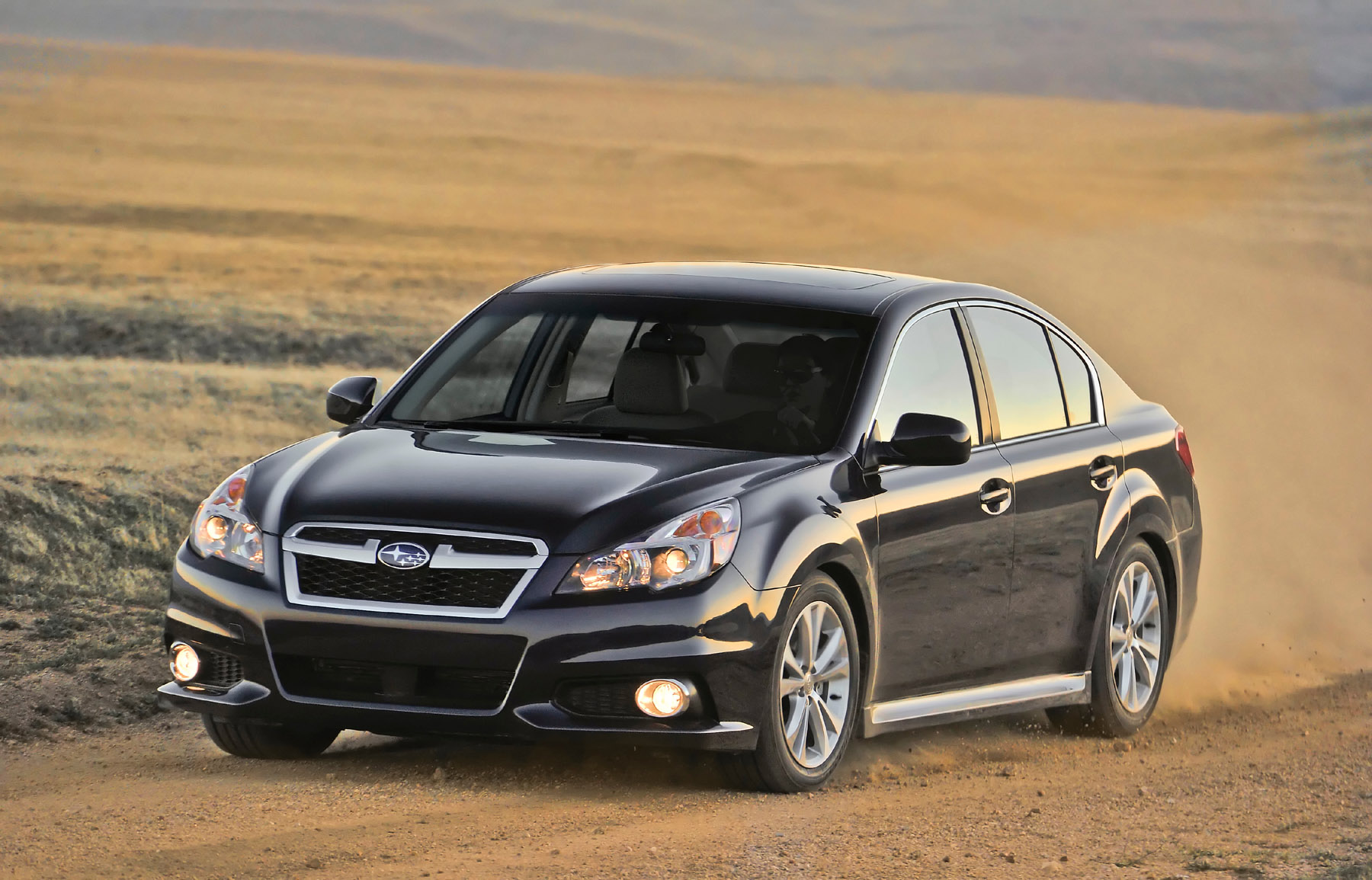 Manufacturer photo: 2013 Subaru Legacy