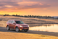 2014 Outlander: Mitsubishi Stands Out in Compact Class