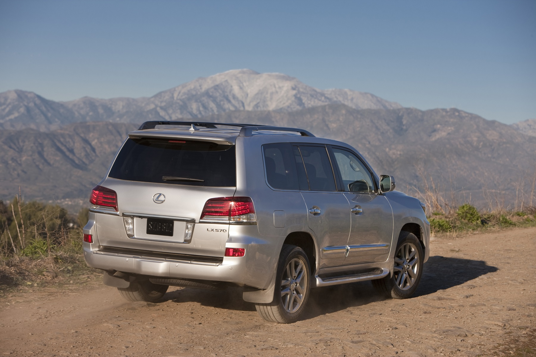 Manufacturer photo: The 2013 Lexus LX 570 sports a new spindle grille, 20-inch alloy wheel design and upgraded interior