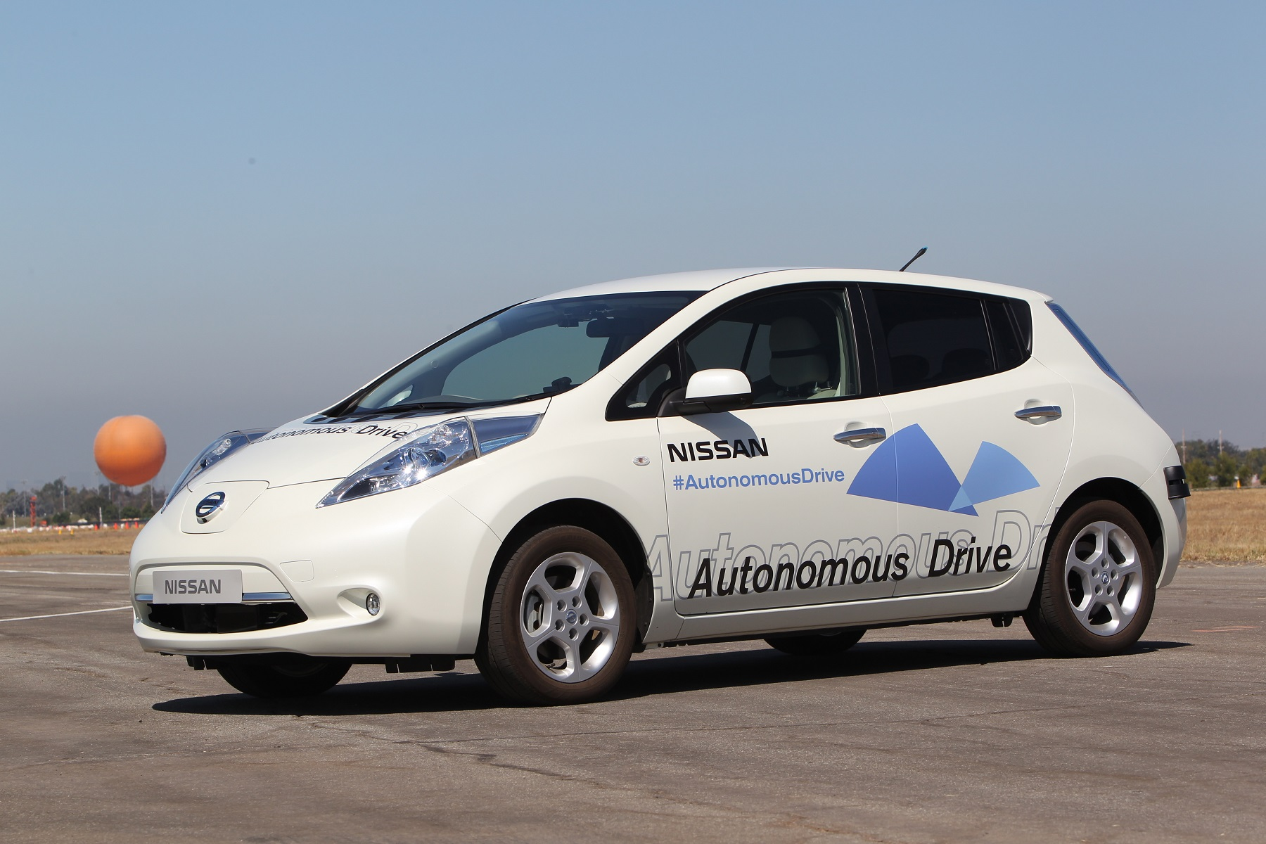 Manufacturer photo: Nissan is working with top universities, including MIT, on collaborative R&D