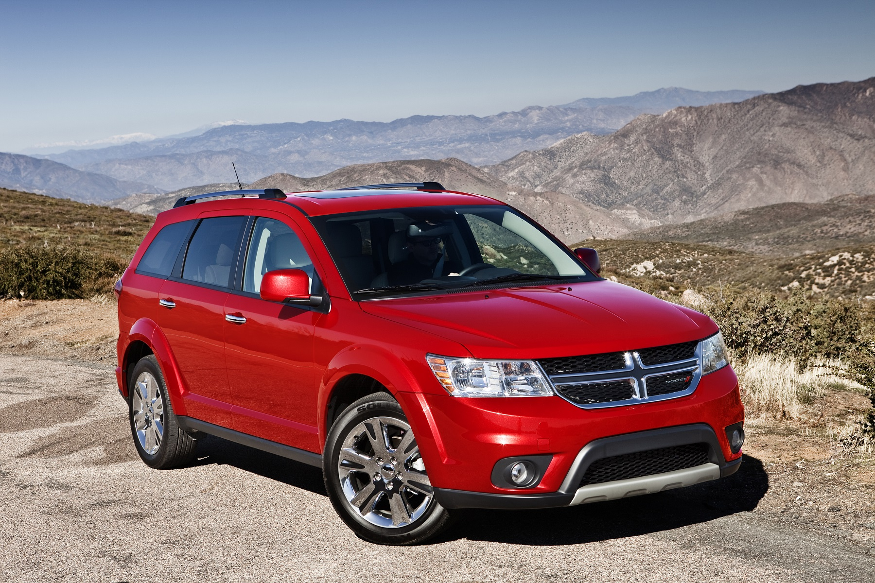 Manufacturer photo: The 2014 Dodge Journey's chassis architecture delivers a confidence-inspiring driving experience coupled with precise steering for maximum control