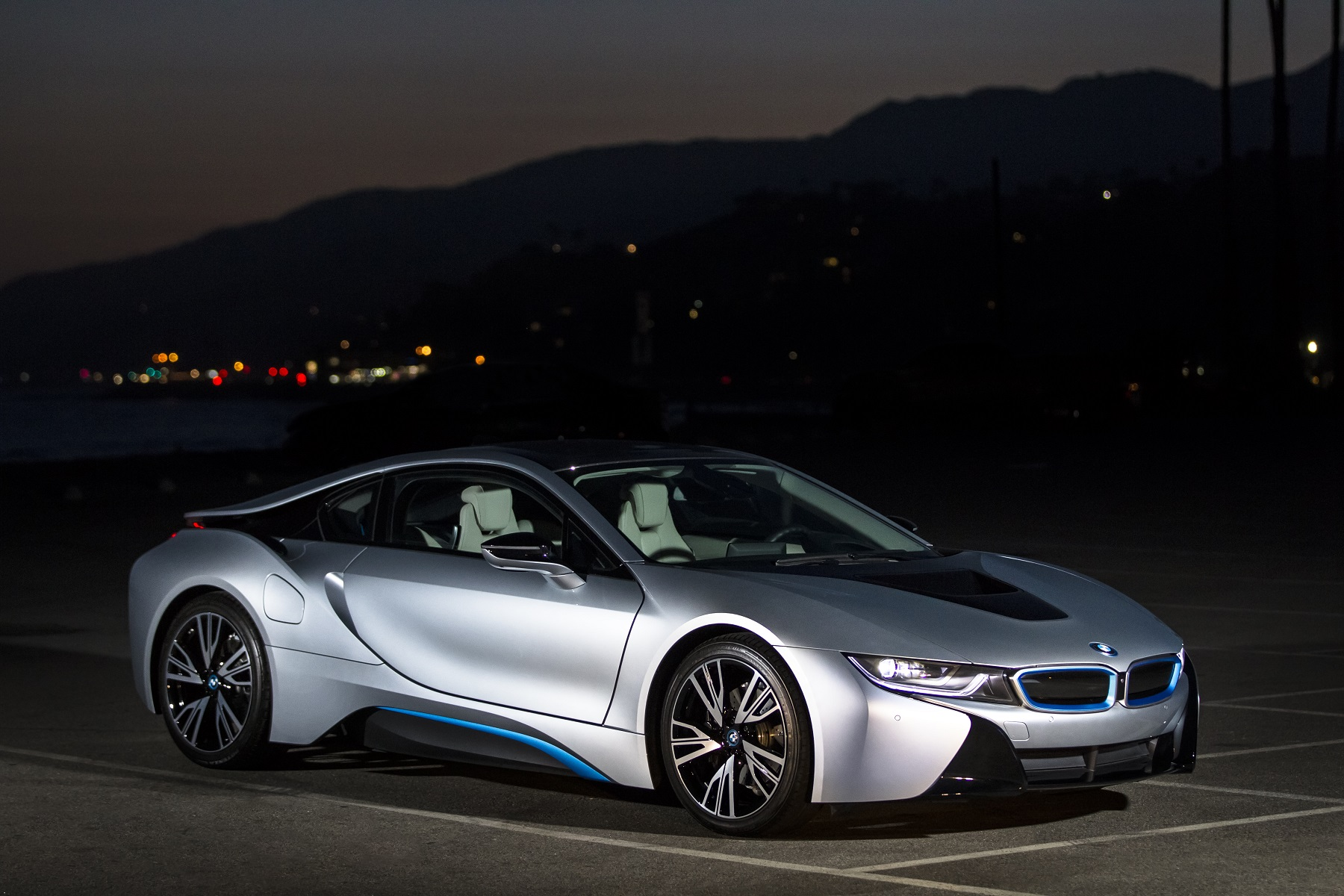 Bmw I8 Electric Gas Hybrid Ritzy Range Bonus Wheels