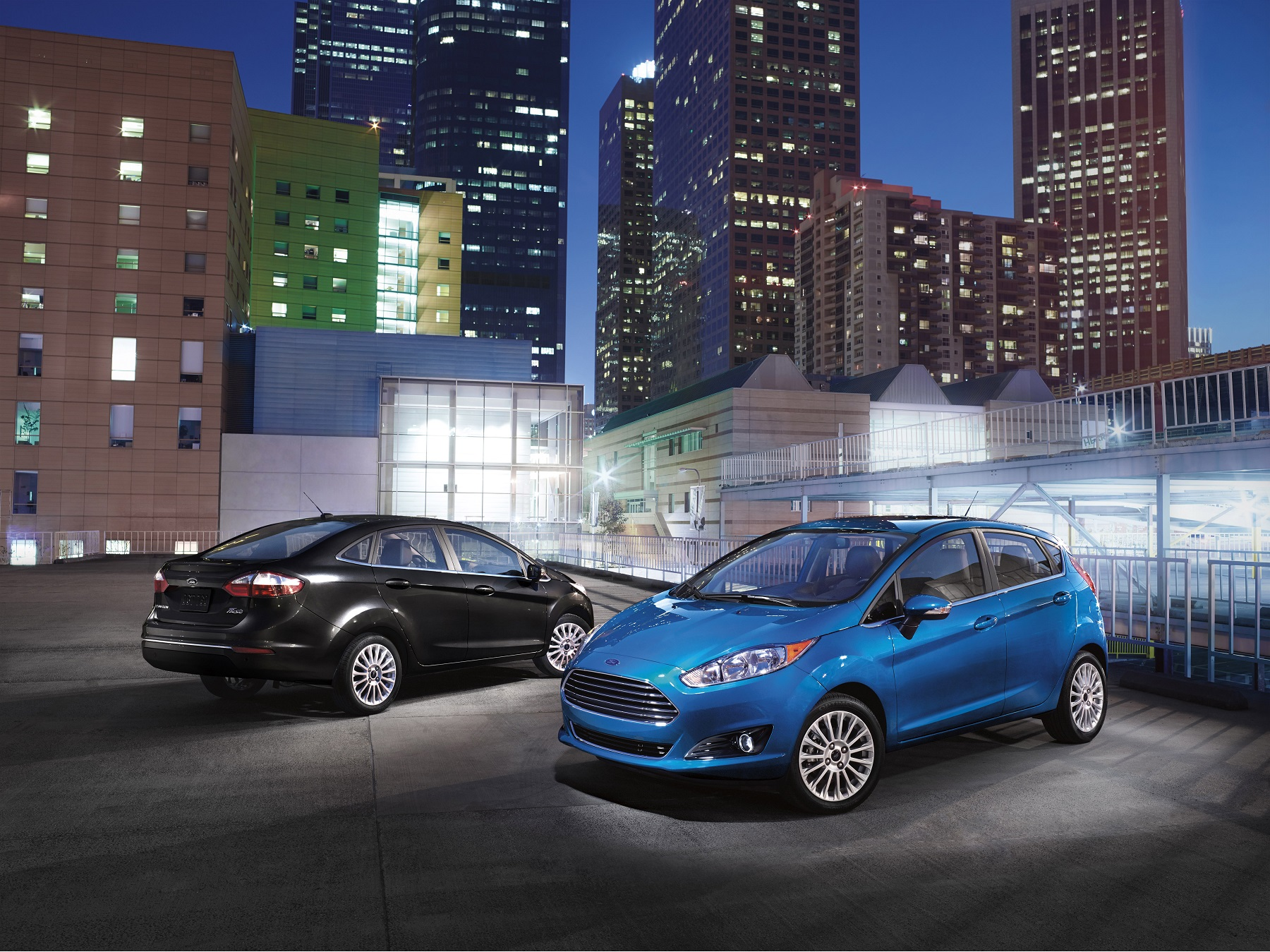 Even base S models offer an impressive array of standard features including Bluetooth an iPod interface and seven airbags. Buyers can move the Fiesta ... & Small Car with Big Boost: 2015 Ford Fiesta - Down the Road ... markmcfarlin.com
