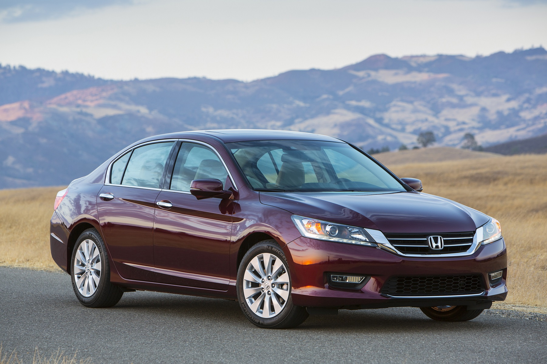 Manufacturer photo: 2014 Honda Accord