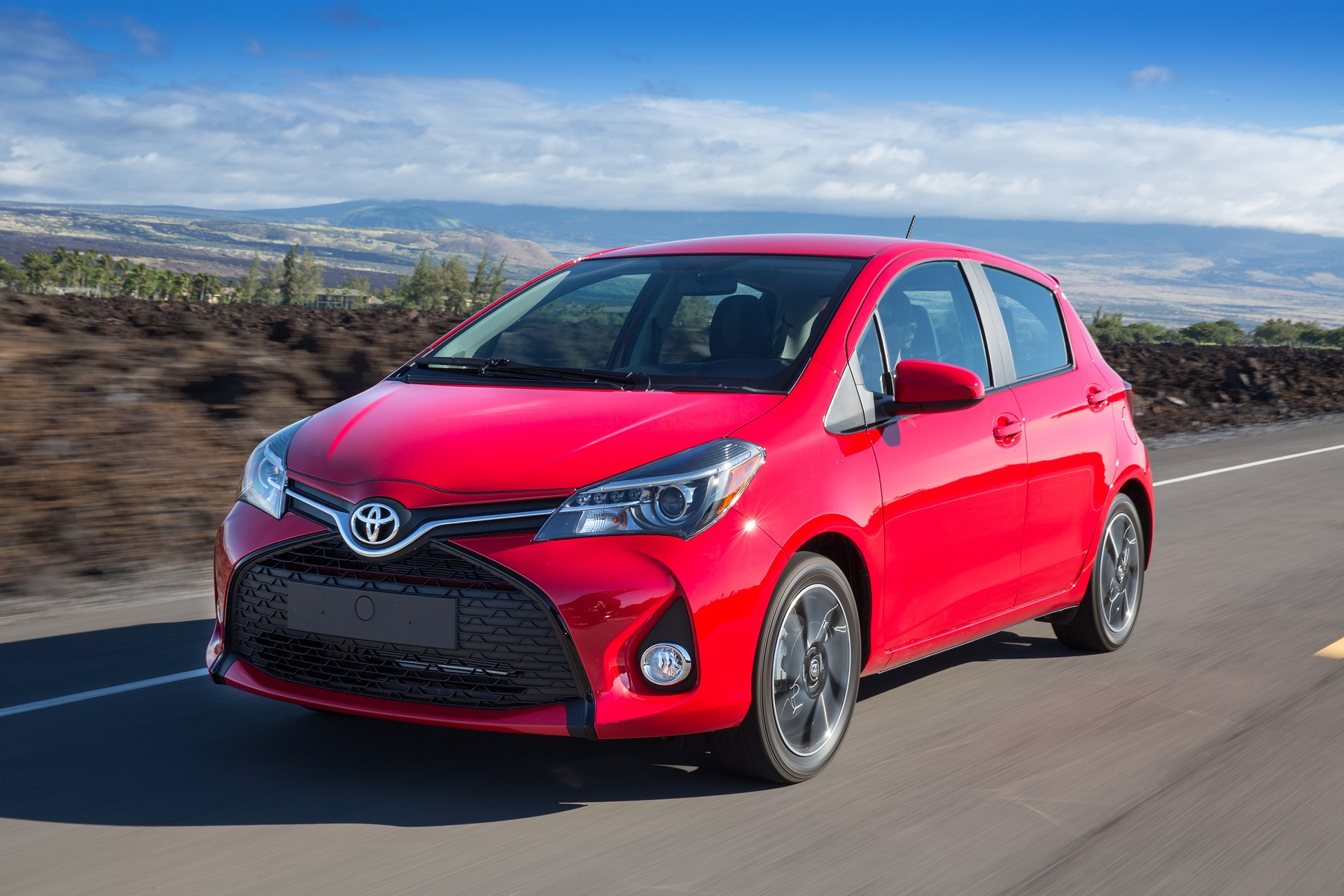 Manufacturer Photo The New Yaris Combines An Energetic Shape With A More Comfortable Cabin