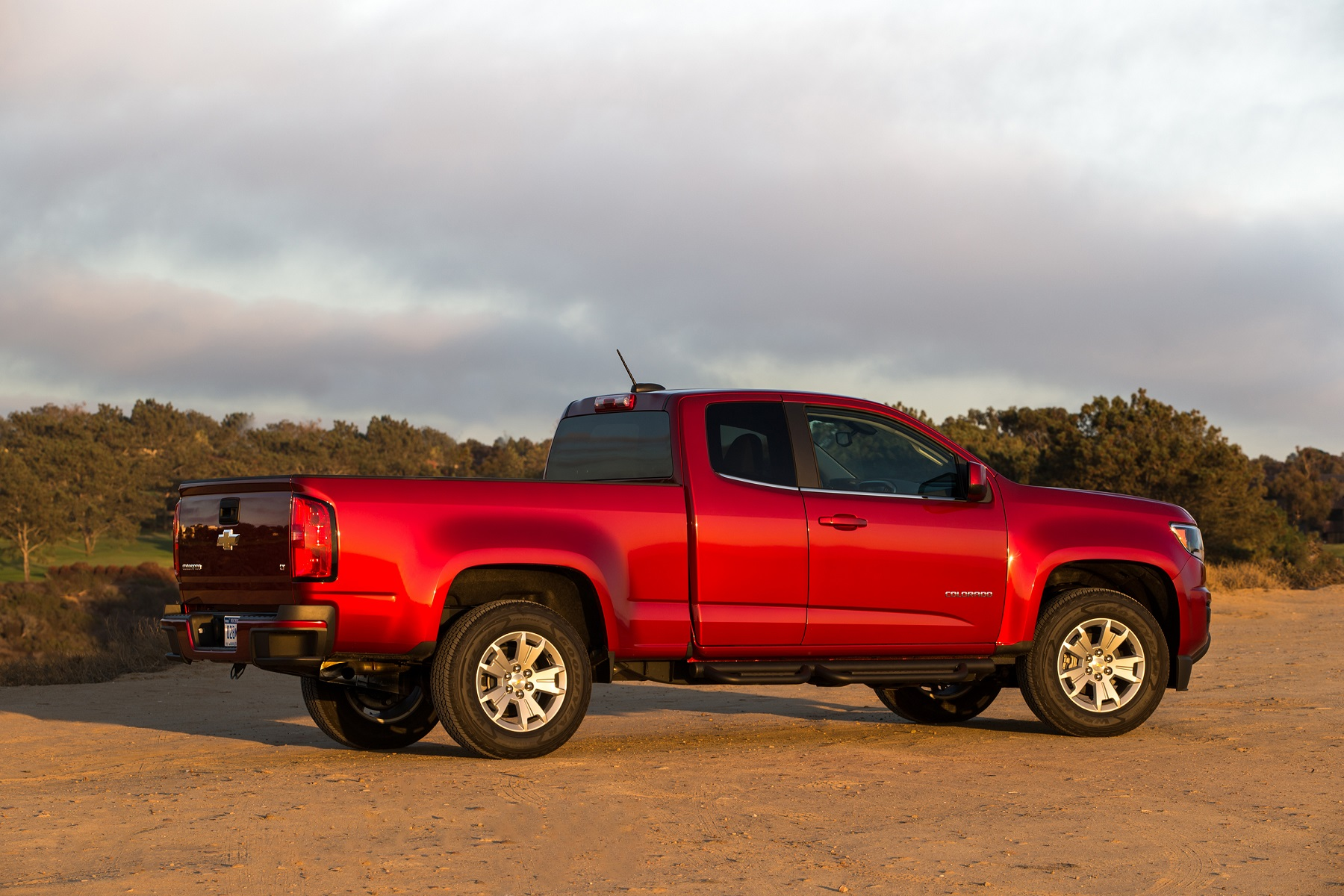 Driving Big  2015 Chevy Colorado 4wd Z71 - New On Wheels -