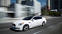 Kia K900: Flagship Luxury 420-HP V-8