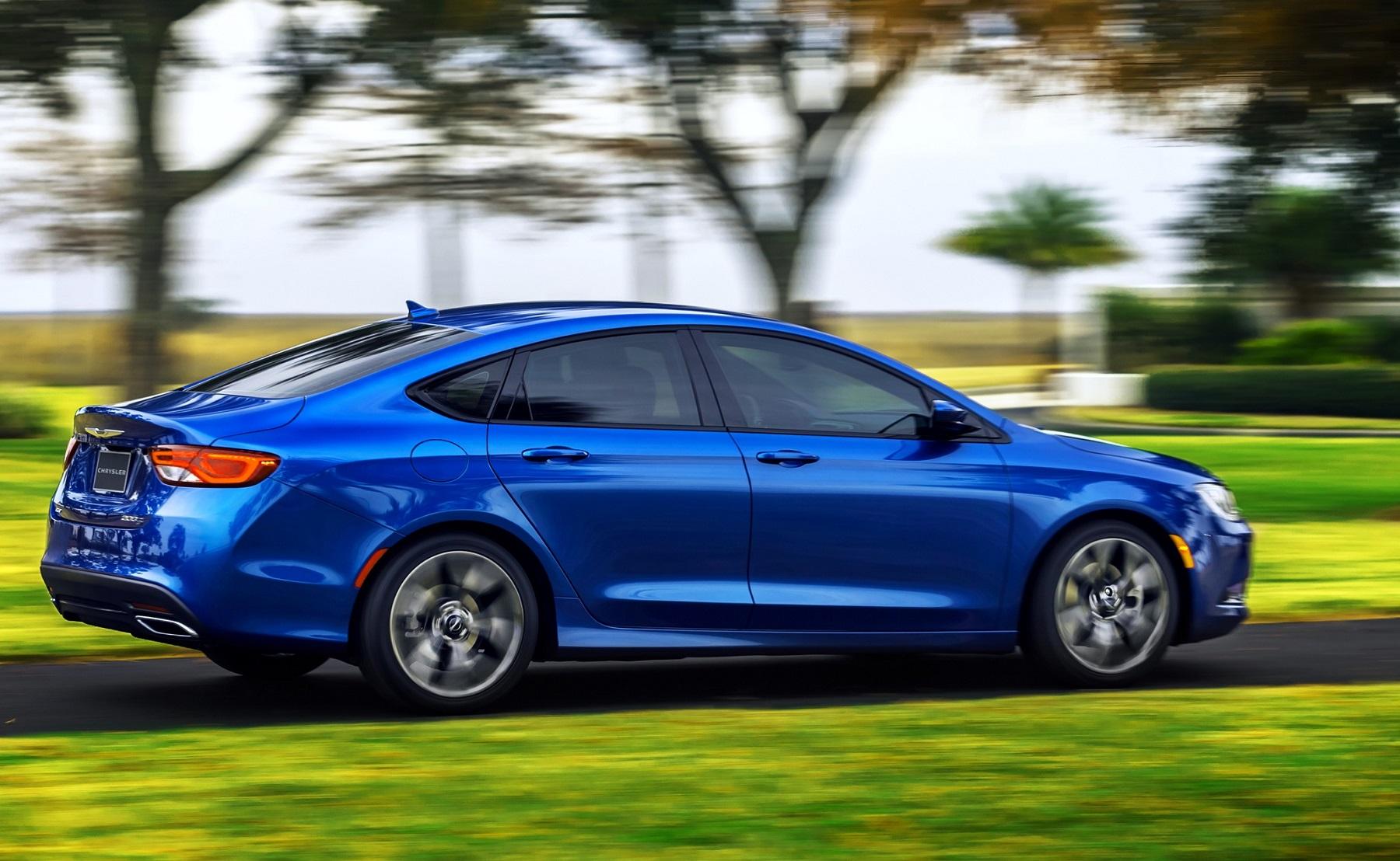 chrysler 200 sedan new car release information. Black Bedroom Furniture Sets. Home Design Ideas