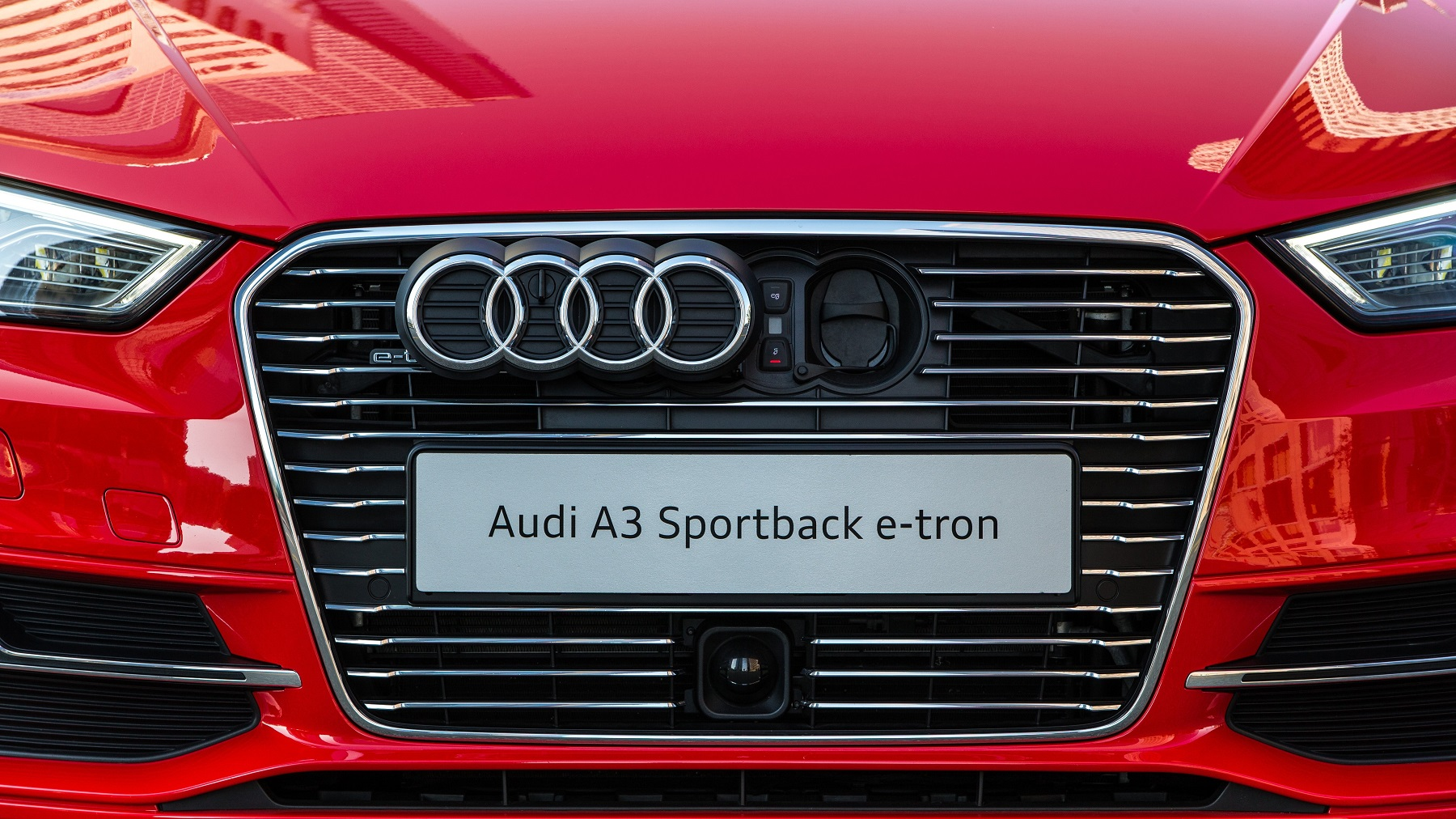 Manufacturer photo: The 2016 Audi A3 Sportback e-tron combines the benefits of a hybrid powertrain with all-electric range