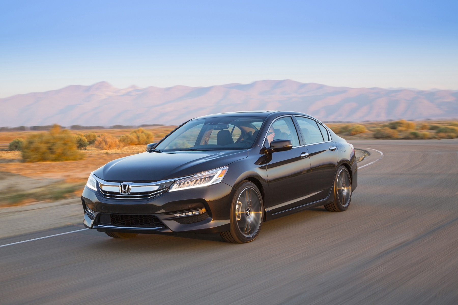 Manufacturer photo: The 2016 Honda Accord gets a new face that has a more premium look