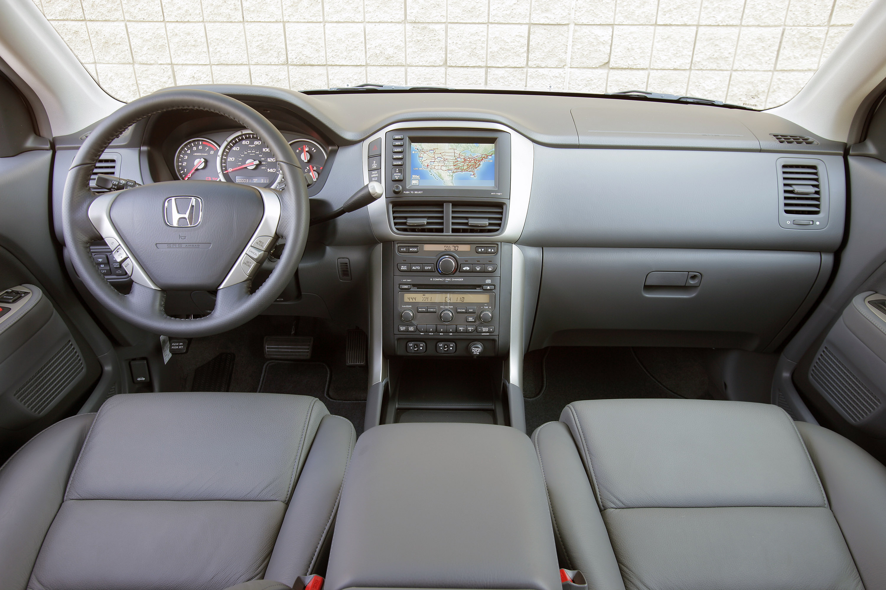 Manufacturer photo: 2006 Honda Pilot