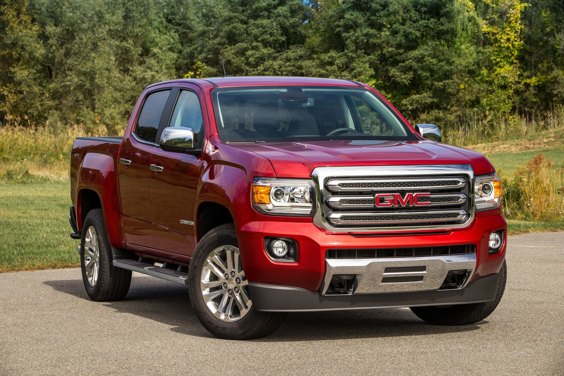 2016 gmc canyon midsize pickup with turbodiesel new on. Black Bedroom Furniture Sets. Home Design Ideas