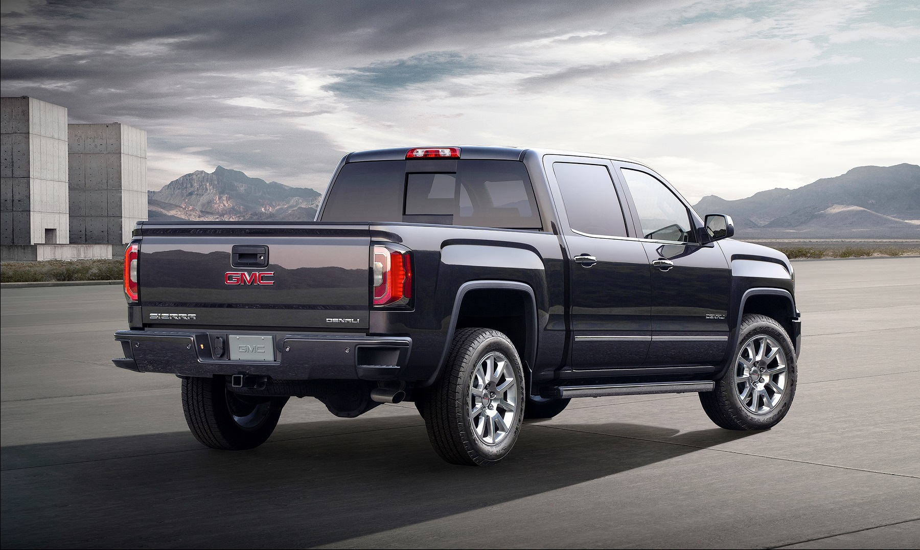 side sle show canyon review gmc profile news more in duramax motion pickup