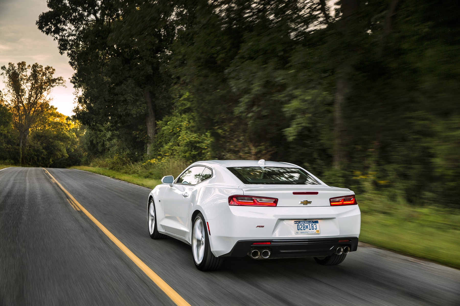 Manufacturer photo: The sixth-generation Chevrolet Camaro offers higher levels of performance, technology and refinement and is designed to maintain the sporty car segment leadership earned over the past five years