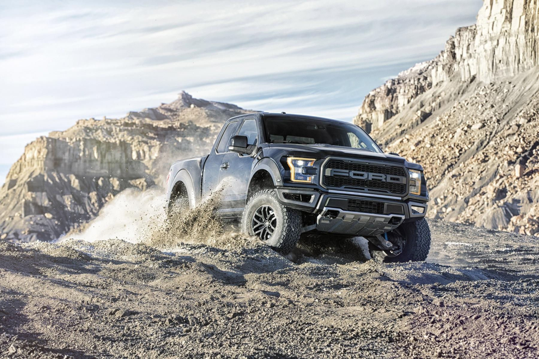 Manufacturer photo: The 2017 F-150 Raptor's chiseled looks are reminiscent of Trophy Trucks -- the fastest and most powerful class of off-road pickups