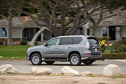 2016 Lexus GX 460: 4WD Shelter in a Storm