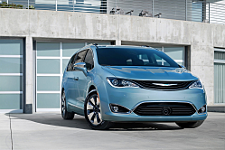 2017 Chrysler Pacifica: The Minivan is Back