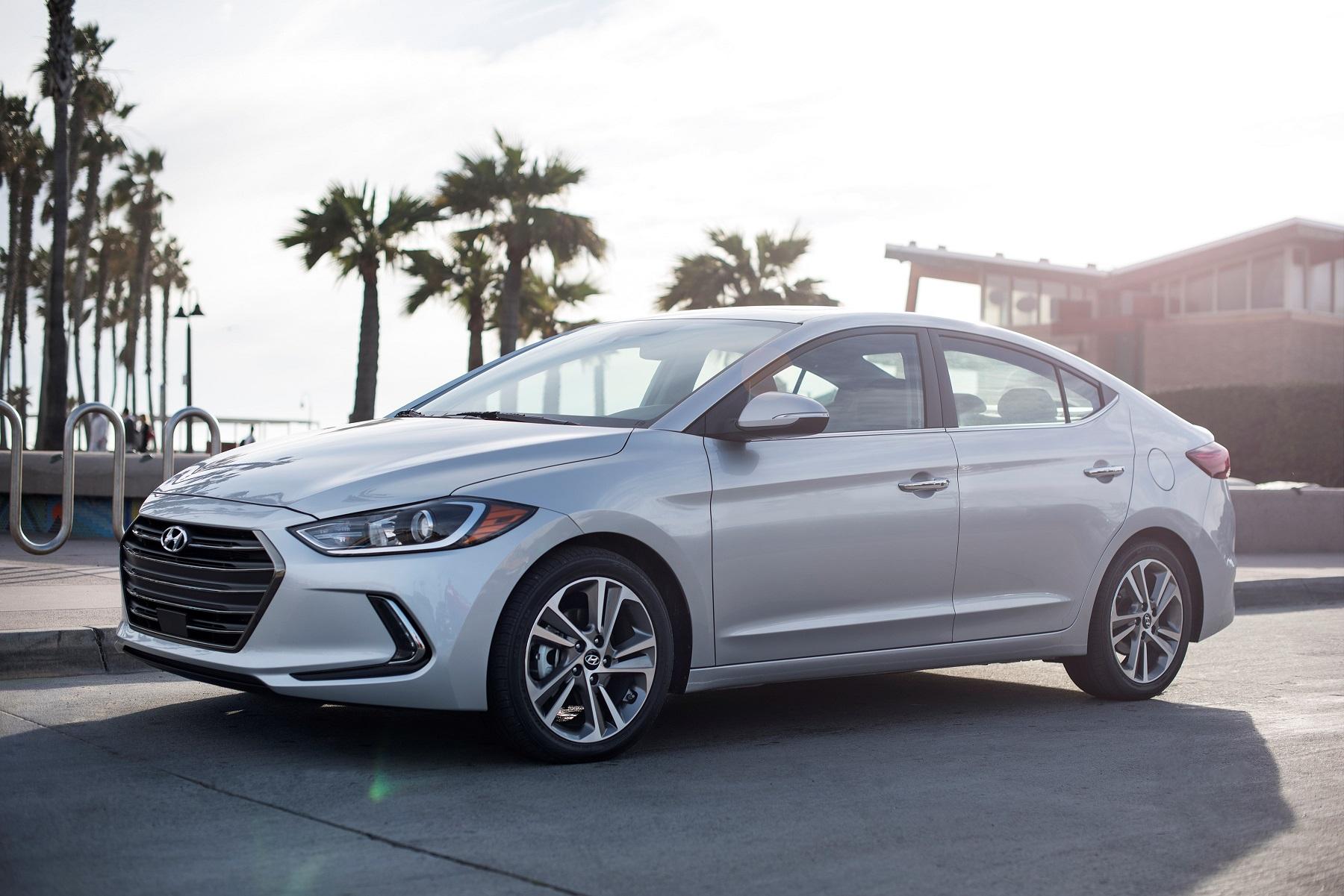 Hyundai Elantra: Introduction