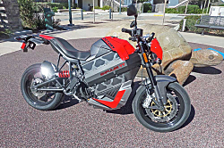 Victory Empulse TT: Electric Motorcycle