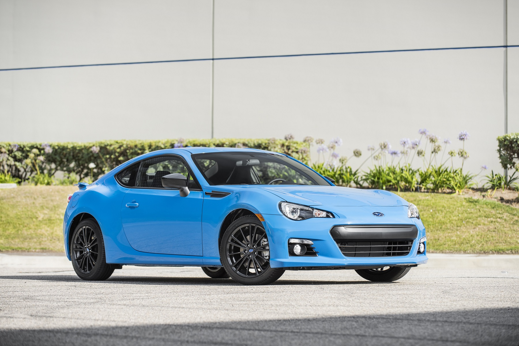 Manufacturer photo: Powered by Subaru's FA-Series naturally aspirated 2.0-liter, 200-horsepower BOXER engine, the BRZ is a sports car that does not sacrifice everyday comfort and practicality, including up to EPA-estimated 34-mpg highway fuel economy (with available 6-speed automatic transmission)