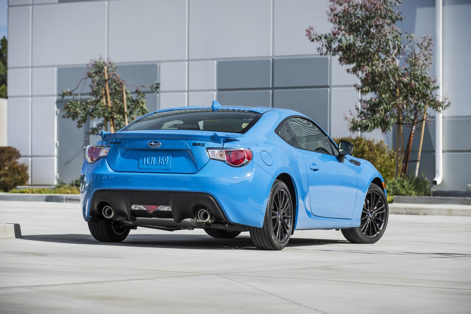 BRZ Subarus RearWheelDrive Sports Coupe Bonus Wheels - Economical sports cars