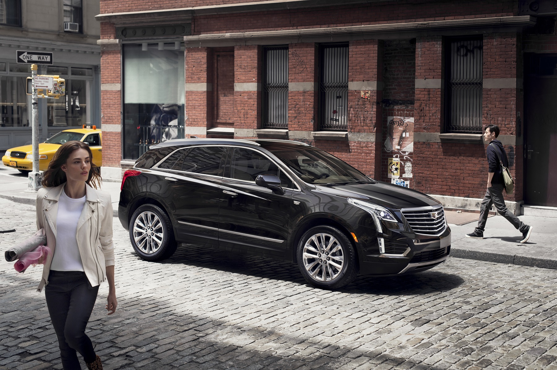 Cadillac XT5 Crossover Touring New for 2017 New on Wheels