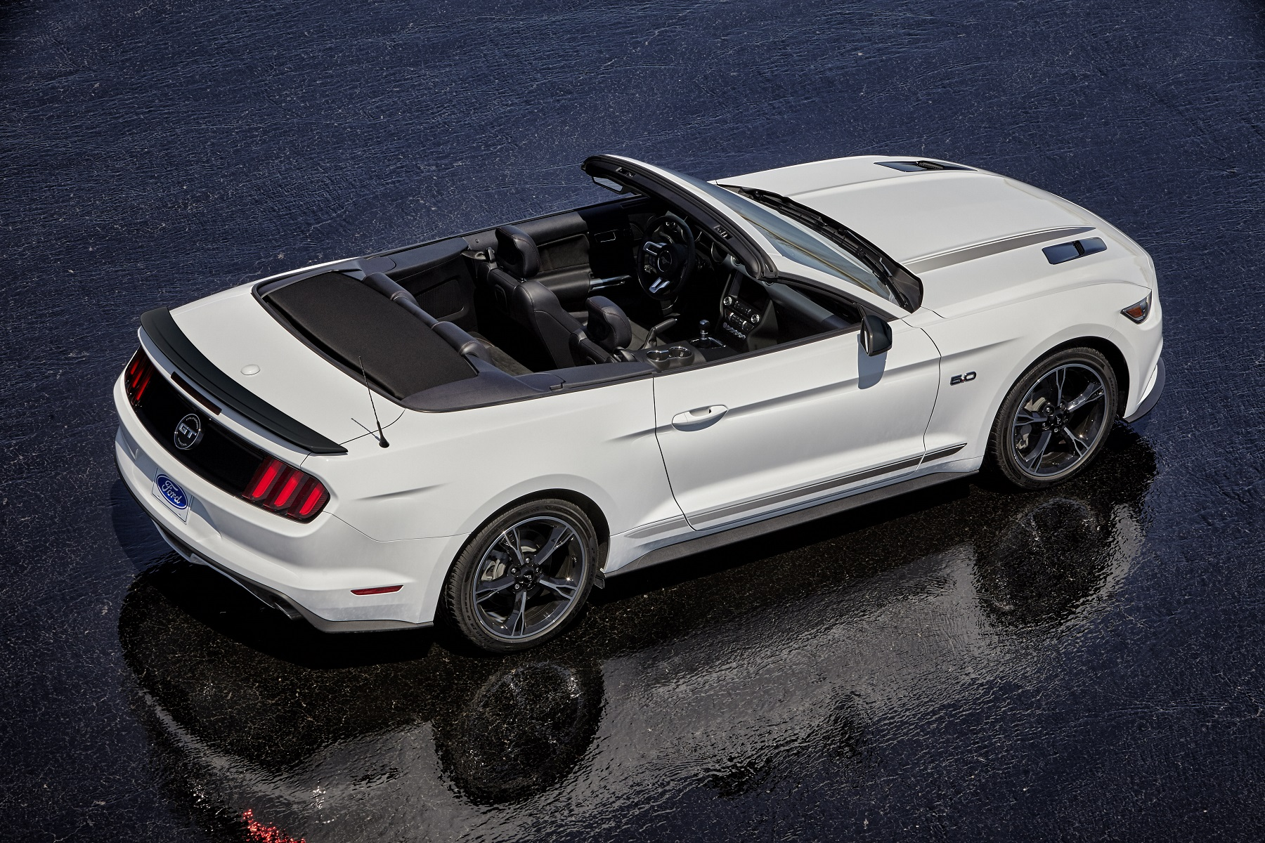 Manufacturer Photo Enhancing The 2016 Ford Mustang S Beauty Is New For