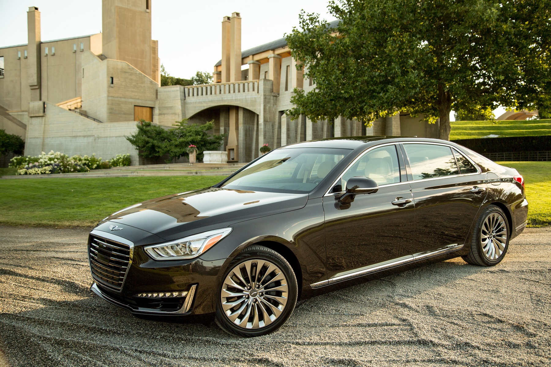 Hyundai Launches 2017 Luxury Division: Genesis - Down the ...